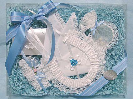 <結婚祝いにおすすめ>サムシングフォーの習慣>挙式アイテム|結婚式グッズ専門店シェリーマリエ