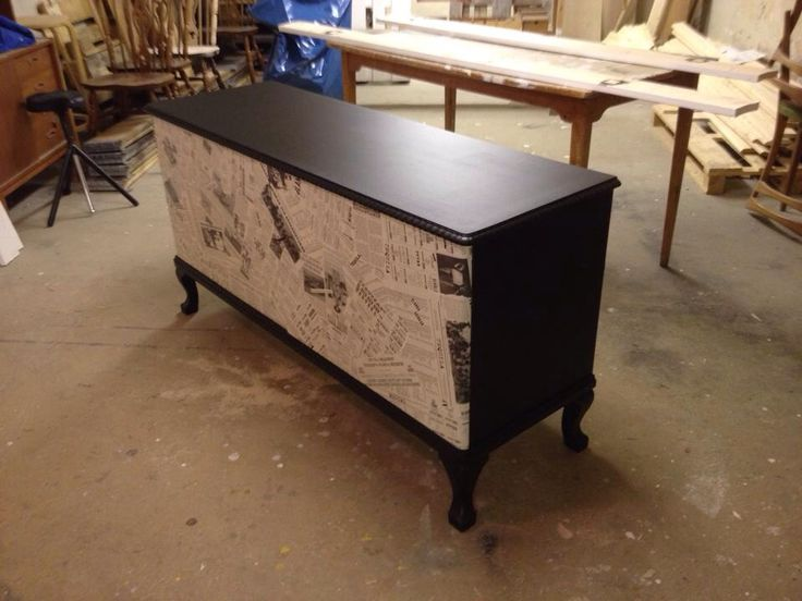 New sideboard whit Puta Madre's meny on the doors..