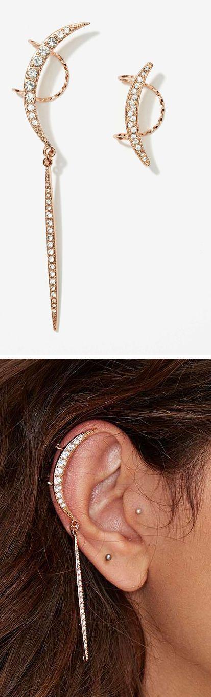 #swag Moon ear cuff...