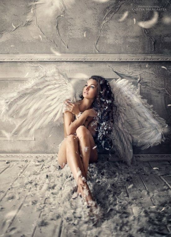 Fantasia e surrealismo nas lindas fotografias com modelos fashion de Margarita Kareva
