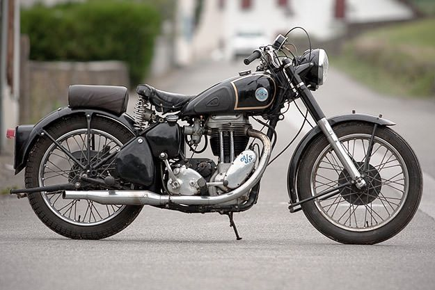 AJS 500cc single, 1950s era. | Old Motorcycles & related ...