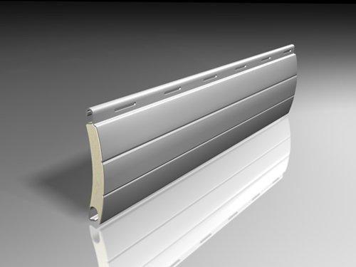 Lámina para persianas de Aluminio inyectada con poliuretano.