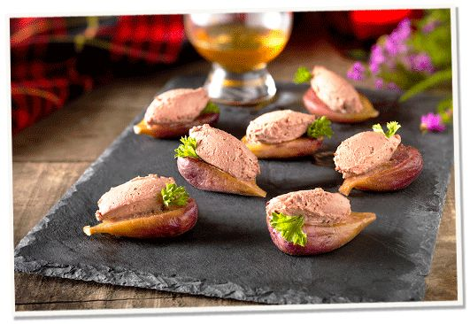 Try these simple but flavoursome Honey Roast Fig Canapés.  Perfect for little bites or starters at any party. Adapt to your pate of choice to mix it up.