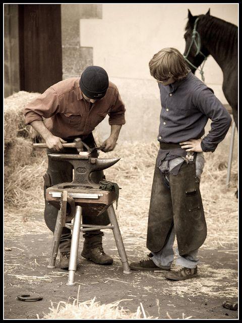 Cuando un equipo de diseño de instrucción permite al estudiante convertirse en investigador, el enfoque de la investigación no es sólo un método de enseñanza, sino también una estrategia, donde el foco de la investigación debe involucrar a los alumnos en su propio aprendizaje, y su conocimiento crece a partir de contenidos que entienden mientras que la construcción en las habilidades que son capaces de hacer. Al ponderar los pensamientos de Kidman, sé que también hay que segu