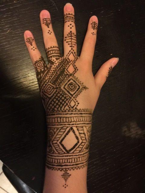 37 best my beginner henna tattoos images on pinterest henna tattoos hennas and henna. Black Bedroom Furniture Sets. Home Design Ideas