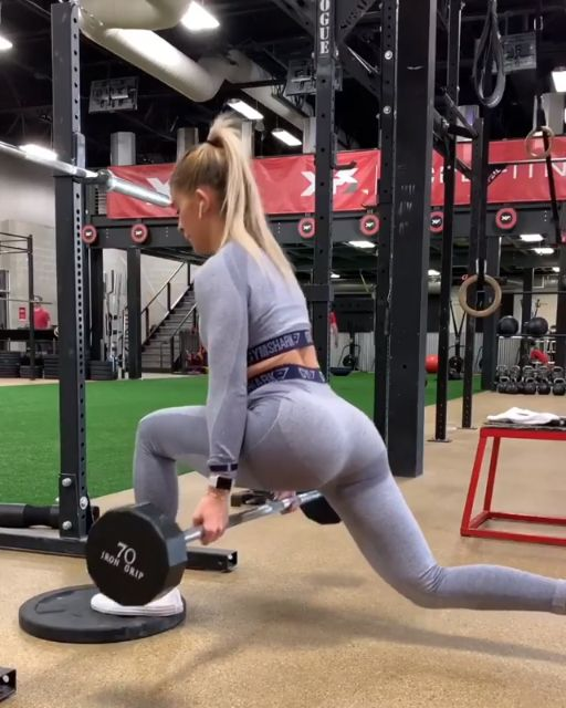 It's Superset Time! Do 3 sets of 8 reps and focus on hinging at your hips, with …