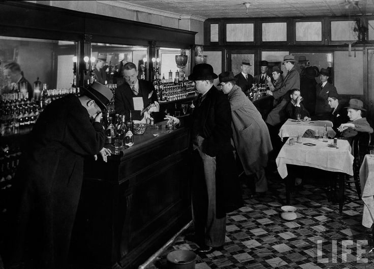 In 1925 there were an estimated 30,000 to 100,000 speakeasies in New York City alone.