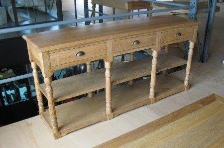 Oak wood reception console table in natural color.   Zazoo Event Rentals