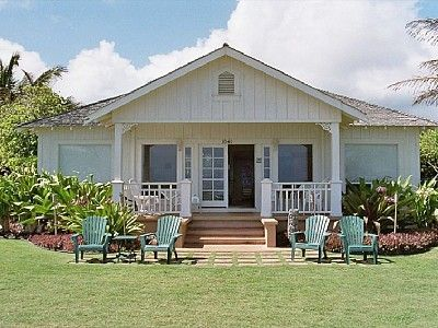 Vintage Oceanfront Cottage :: Hawaiian Style Beach House Location: Kauai; Hawaii; USA $2700/wk US Dollars