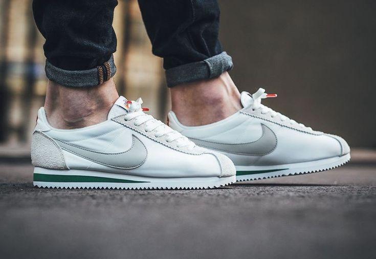 chaussure-nike-cortez-nylon-prm-pale-grey-876873-100-2