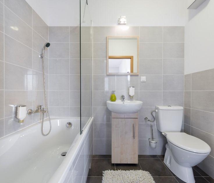 Big Design Ideas for Small Bathrooms - Marmol Export USA