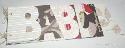 Album na zdjęcia dla babci. Resztki tapet lub innych różnych kolorowych papierów.