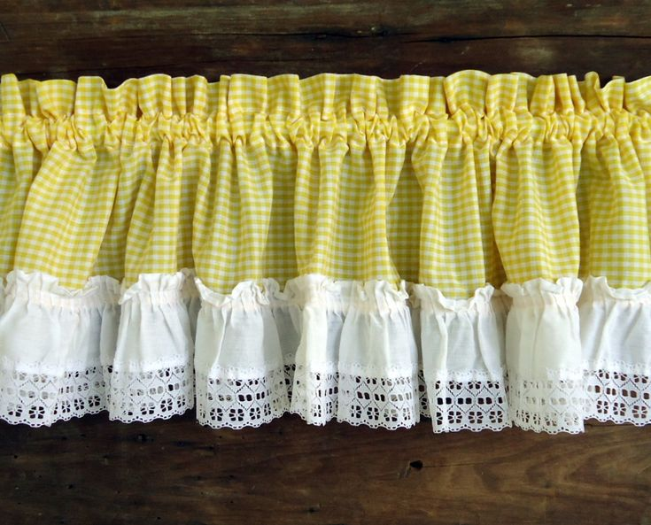 Vintage Curtains Valances Panels Yellow Gingham Check White Ruffle Retro Tiers Window Top Treatment Cottage Kitchen Decor Lace Set
