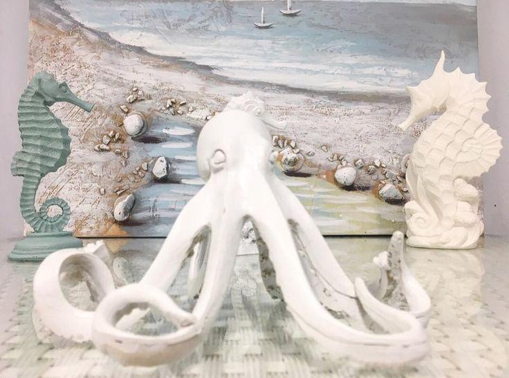 #vacchetti #vacchettispa #mare #mare2018 #sea #seacollection #newcollection #cavalucciomarino #polipo #decorazione #decorazionemare #beach #sand #spiaggia #quadro #myhome #homedesign #inspire_me_home #homedecor #sealovers #summer #summercollection #ilovesea #azzurro #biancoazzurro #lightblue #complementidarredo #giftidea