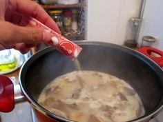 Sopa típica de la cocina de Tailandia. Un plato exótico pero muy fácil de preparar, perfecto para los días fríos.