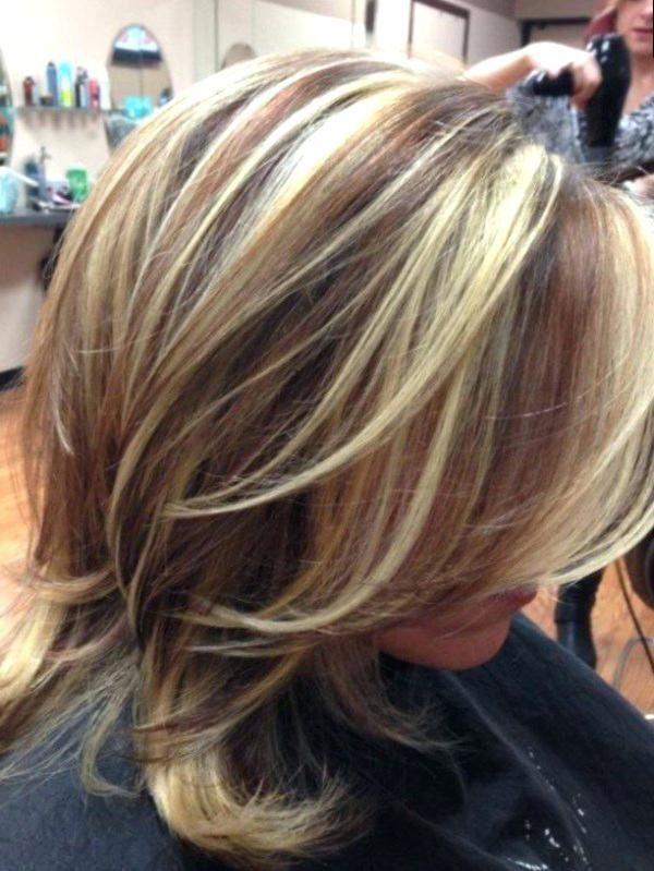 Halblang Gestuft Kurze Haare Halblang Gestuft Frisuren Damen In 2020 Haarschnitt Lange Haare Highlights Langhaarfrisuren