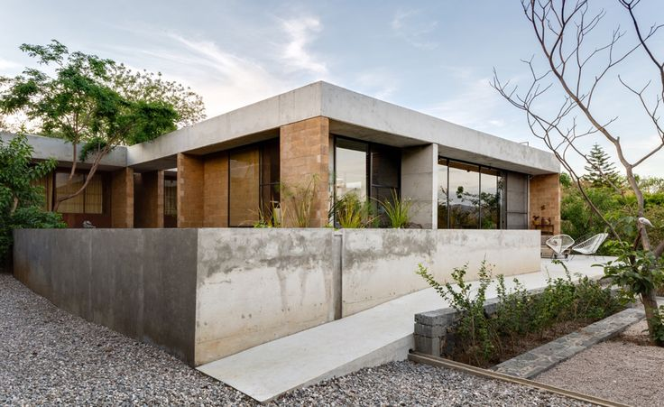 When designing Casa Graciela, a weekender in the popular vacation area of Santiago Tepetlapa, Mexican architects Jorge Ambrosi and Gabriela Etchegaray had a number of environmentally-focused goals. The Ambrosi Etchegaray founders wanted to establish ...