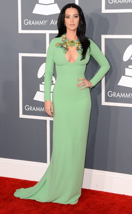 Katy Perry stunning in pale green Gucci at the 2013 Grammys