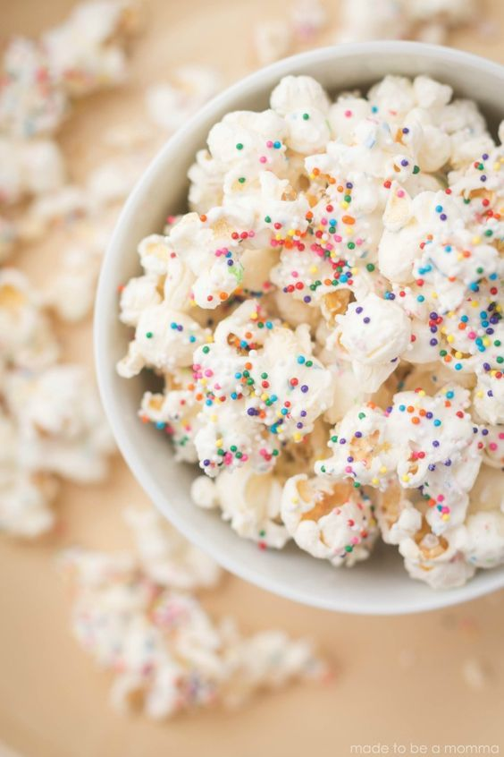 White Chocolate Party Popcorn- only three ingredients! Great for parties! Found on madetobeamomma.com