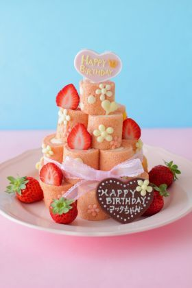 """Birthday cake roll Tower ♪"" Airio | cake, bread recipes and how to make [corecle * Korekuru]"