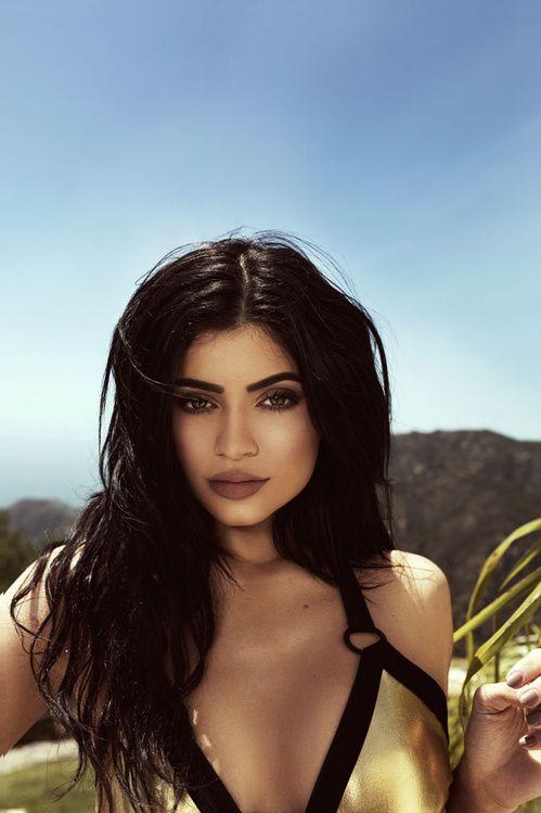 La collection de swimwear Kendall + Kylie pour Topshop