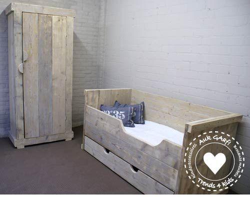 23 best images about slaapkamer thijs on pinterest - Baby slaapkamer deco ...