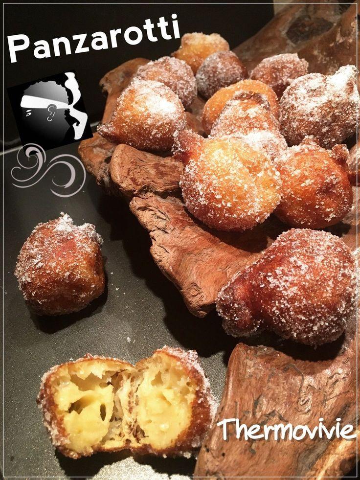Le 19 mars, jour de la Saint Joseph (un des saints patrons de la ville de Bastia est l'occasion de déguster les traditionnels Panzarotti. Ces petits beignets à la farine de pois chiche que j'ai voulu réadapter au thermomix.. Votre poignet me dira merci......