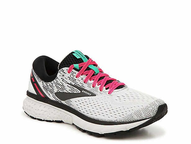 Wide Shoes | DSW | Womens running shoes