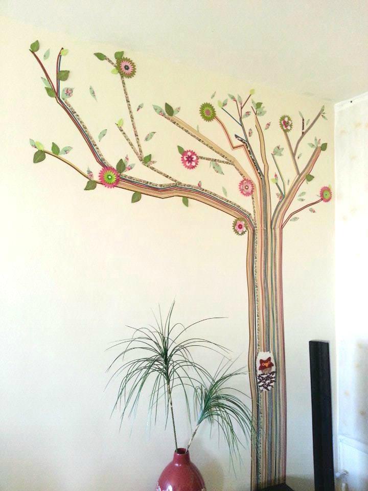 arbre avec du masking tape
