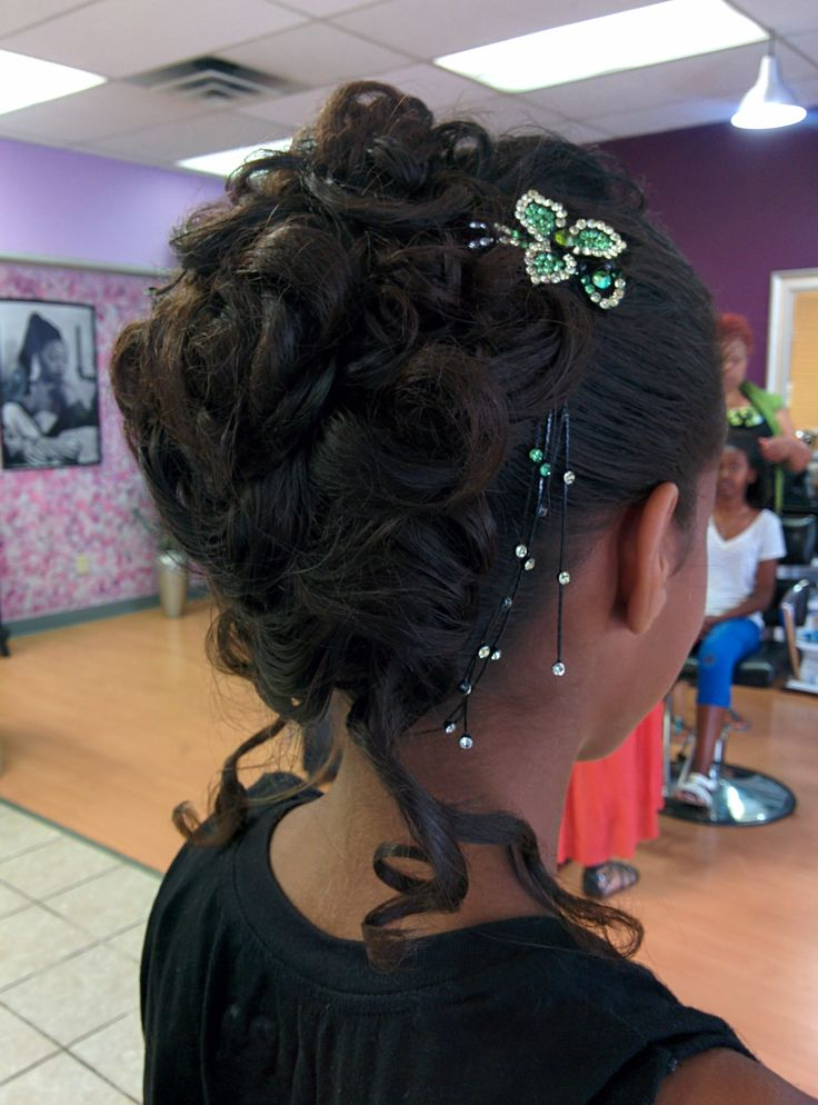 Pin by Angelina Ebegbuzie on Prom & grad hair plus more at