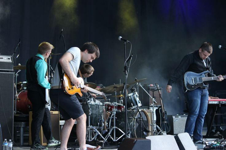 Kicking off the evening on the Main Stage of NLFB was Patrick Wright et les Gauchistes.