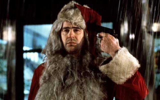 Classici di Natale: tra tradizione e banalità Anche quest'anno come da tradizione non potevano mancare i classici film che segnano con un'imprescindibile cadenza morbosa l'arrivo del Natale. Adatti ad un ampio target di fruitori, si ripropongo a #cinema #tv #film #natale #capodanno
