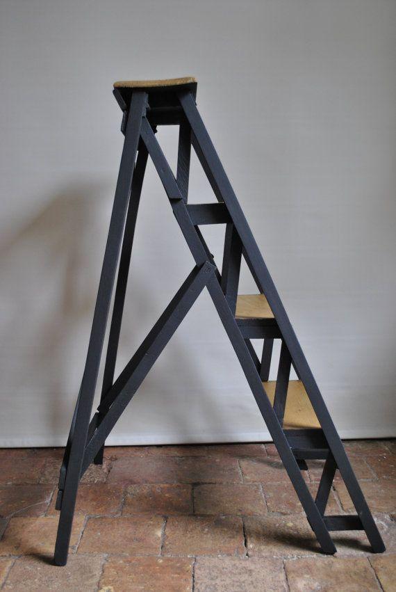 escabeau bois 2 marches interesting escabeau en bois. Black Bedroom Furniture Sets. Home Design Ideas