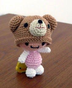 FREE Amigurumi Girl with Bear Hat Crochet Pattern and Tutorial