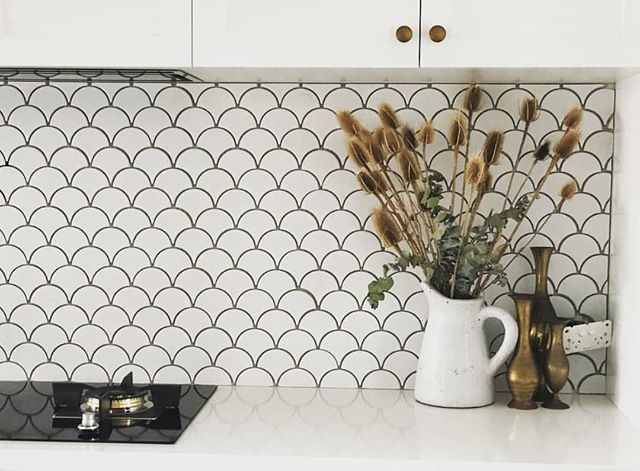 Coral Bay Gloss White Fish Scale Tile Fish Scale Tile White Fish Scale Tile Fish Scale Tile Bathroom