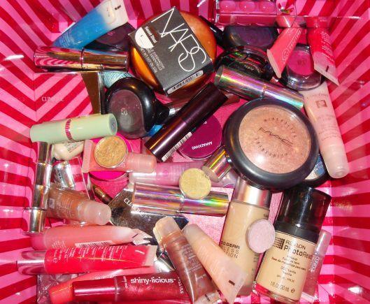 Various Cheap Makeup Uk - http://ikuzomakeup.com/various-cheap-makeup-uk/