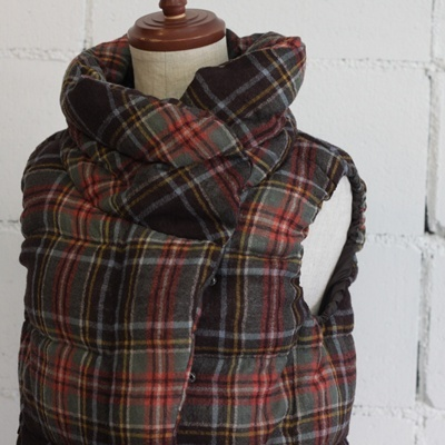 cotyle - the warm coziness of plaid