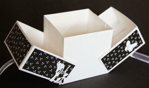 Doosje dat gemaakt wordt tijdens de aanschuifworkshop bij Marjolein Zweed Creatief op vrijdag 25 en zaterdag 26 juli 2014. In het blogbericht staat een link naar het patroon van het doosje.
