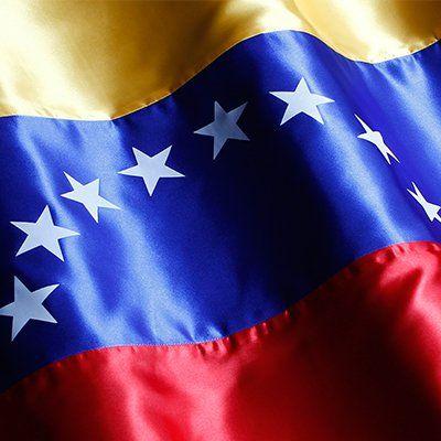 @DrodriguezVen : RT @vencancilleria: Maduro: La causa de los refugiados en Europa no se puede combatir persiguiendo a nuestros hermanos del mundo debemos invertir el desarrollo