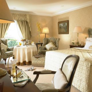 One night accommodation in a Manor Guestroom for two people sharing, with full Irish breakfast included. Wide range of private facilities including an outdoor Jacuzzi, Steam Room, Gym and Indoor heated pool.