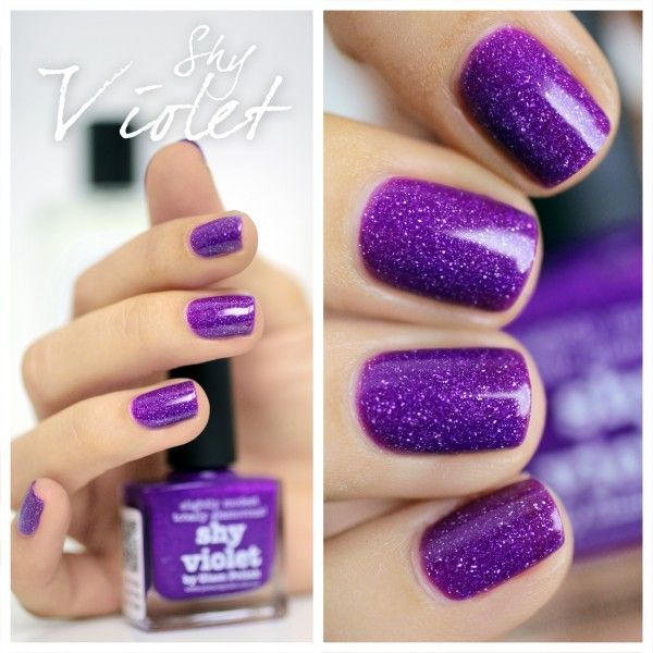 Violet, purple, glitter. DIY Nail Art. Nail Design. Style. Woman. Fashion. Creative.