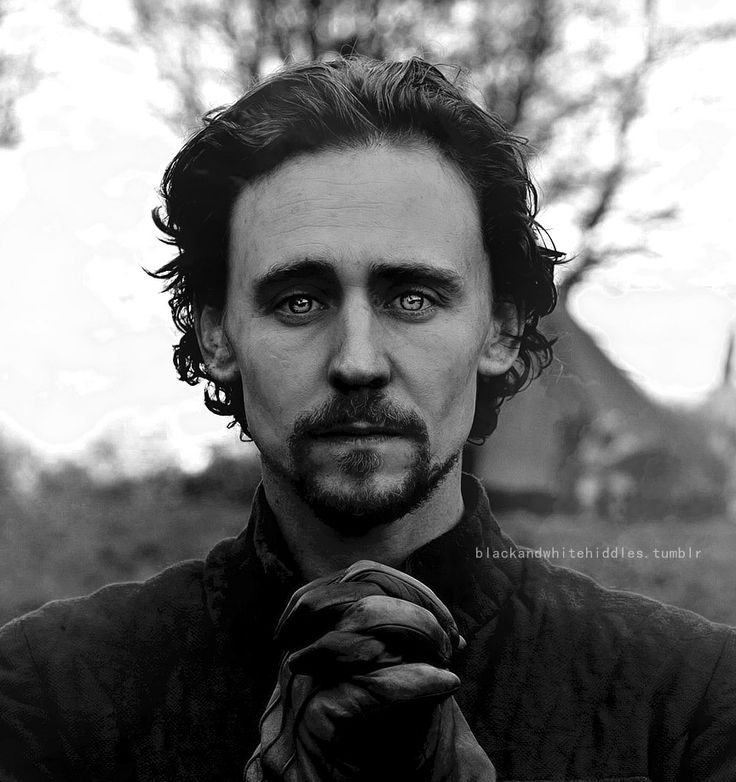 Black&White Hiddles <<this shot is my favourite! So much emotion in his eyes!
