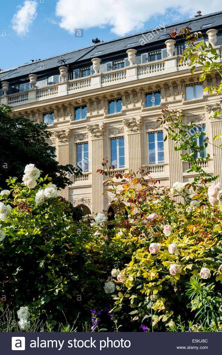 Jardin du Palais Royale Paris France Stock Photo, Royalty Free Image: 72346188 - Alamy