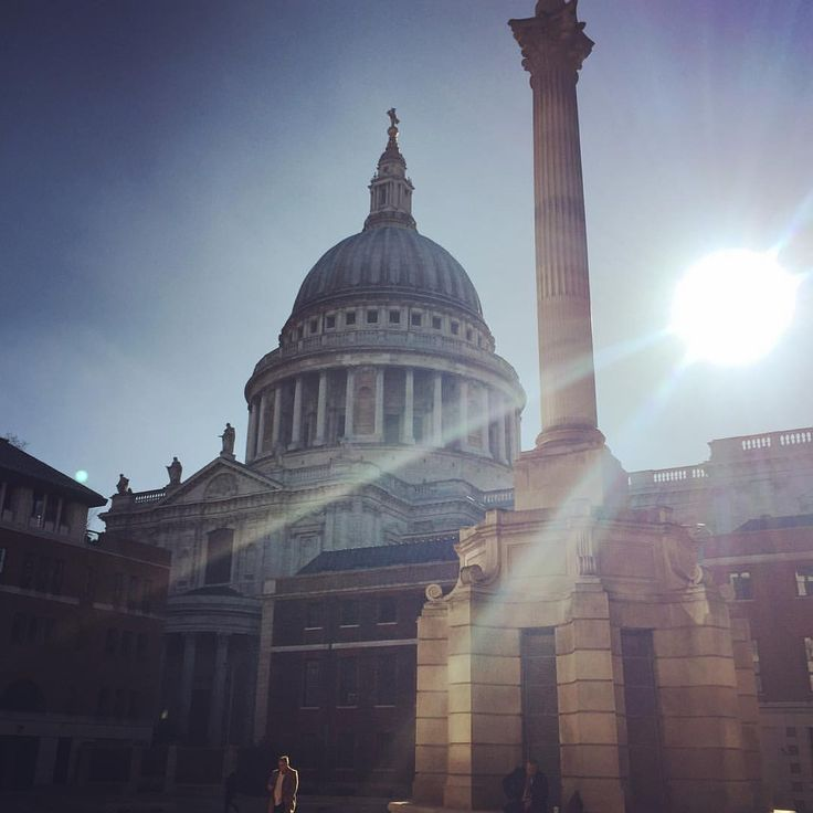 "151 Likes, 5 Comments - Sarah (@mrssarah_s) on Instagram: ""Day 16 - empty. An empty morning at Paternoster square behind St Pauls cathedral. #fms_empty…"""