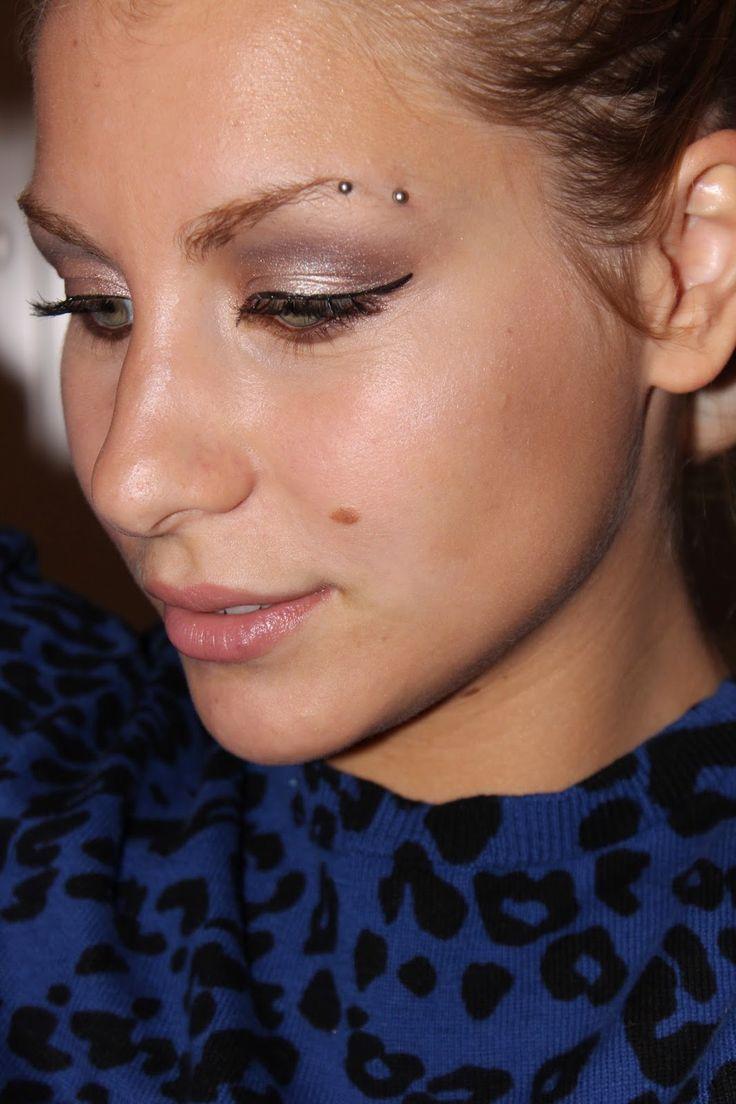 Il Blog di Debora : Naked 2 Makeup Turorial