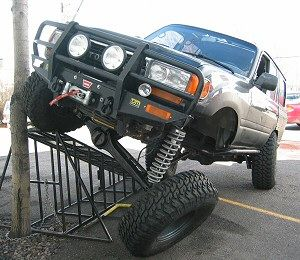 Toyota FJ80 Land Cruiser - 3 Link Front Suspension w/ Panhard - 4x4Review Off Road Magazine
