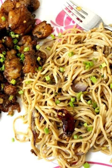 Burnt garlic noodles