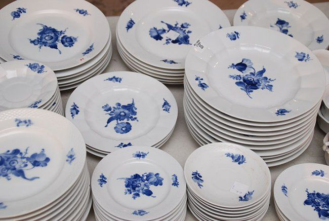 Royal Copenhager Blue Flowers pattern