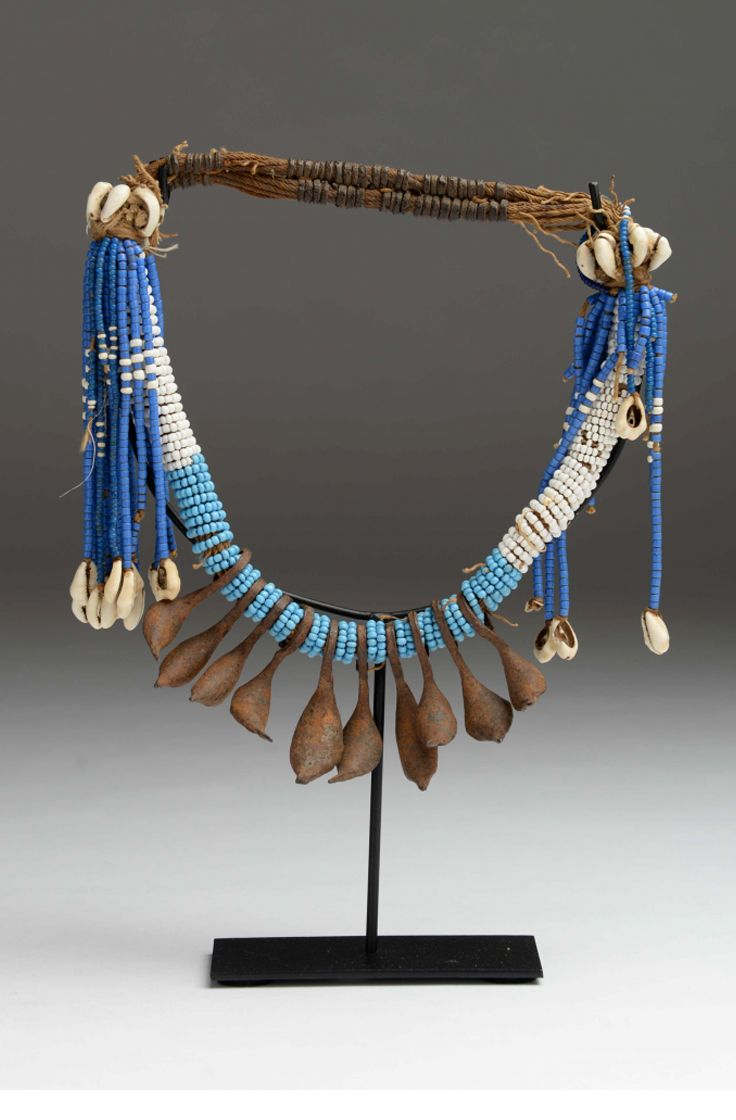 Cameroon | Necklace from the Kapsiki people of the north | Glass beads, shells, metal and cotton