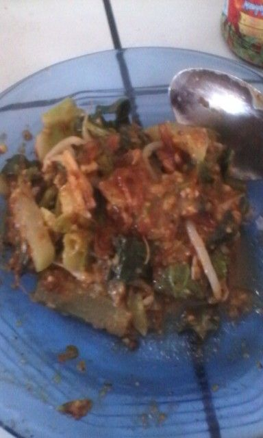 Lotek is Indonesian Salad from Sunda, and in Java it called Pecel.. Yummy
